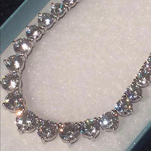 Drop Dead Gorgeous Swarovski Everlasting Necklace